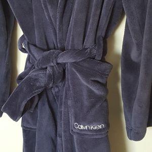 Calvin Klein robe NWOT
